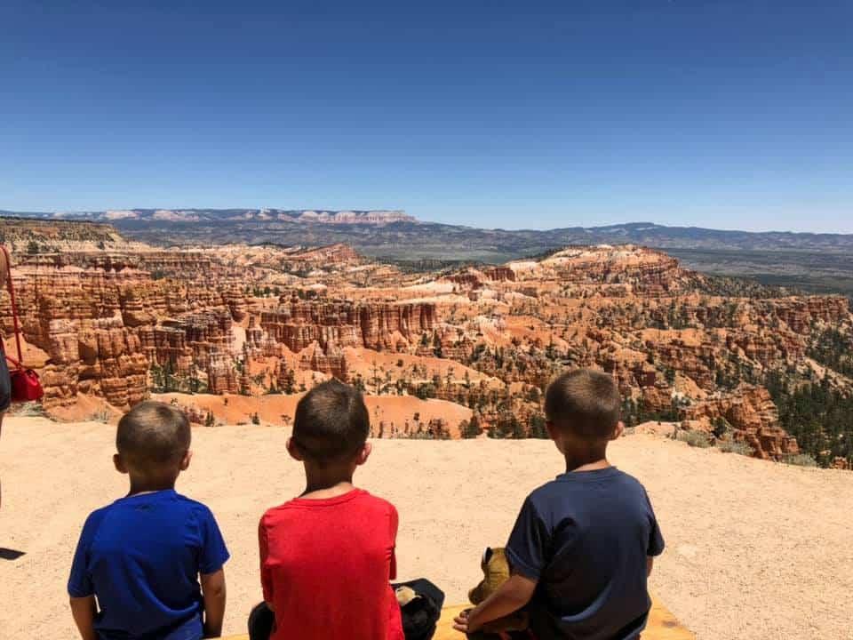 Kids at Bryce Canyon