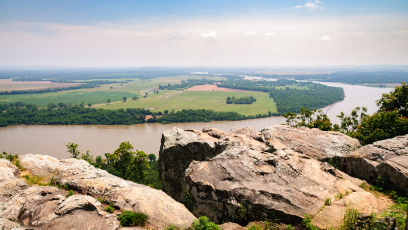 12 Arkansas Vacation Spots: Mountain Tops And Hiking